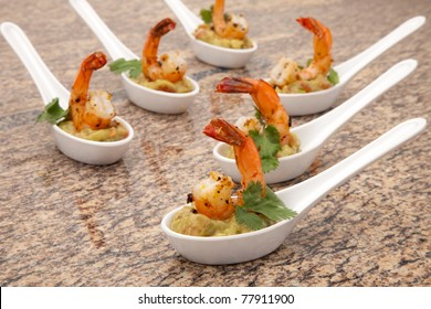 Spicy Shrimps and Guacamole with fresh cilantro a la carte