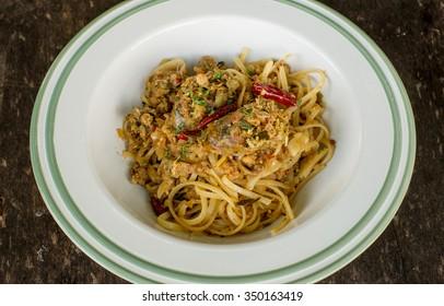 spicy spaghetti sausage, thai style
