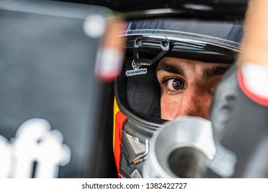 Spielberg/Austria - 06/30/2018 - #55 Carlos SAINZ (SPA) waiting to go out for a run in his Reault R.S.18 during FP3 at the Red Bull Ring ahead of the 2018 Austrian Grand Prix