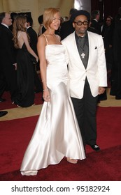 Spike Lee & Tonya Lee at the 79th Annual Academy Awards at the Kodak Theatre, Hollywood. February 26, 2007  Los Angeles, CA Picture: Paul Smith / Featureflash