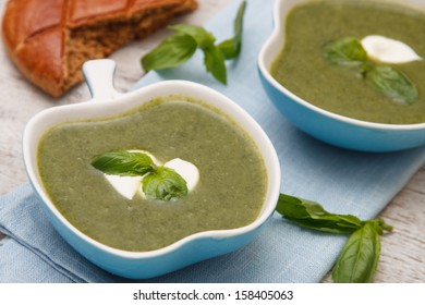 spinach and broccoli soup