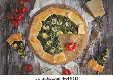 Spinach and cheese galette