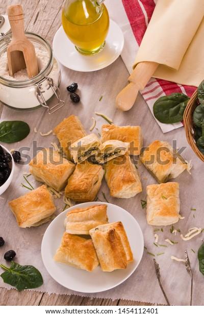 spinach-puffs-feta-cheese-on-600w-145411