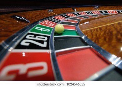 Spinning casino roulette