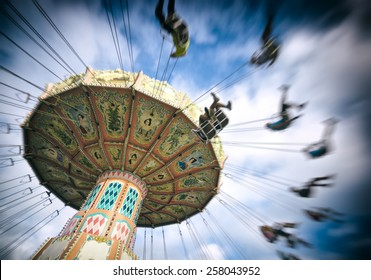 spinning vintage ride