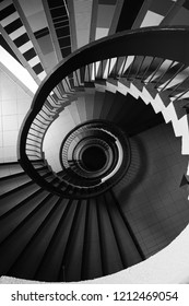 spiral stairs from top view