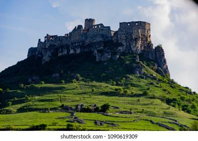 Spis castleon a hill