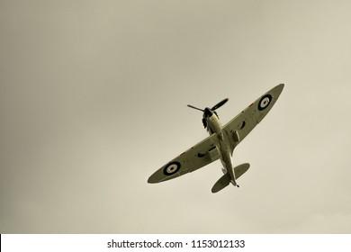 Spitfire doing a maneuvre