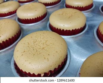 sponge cupcake homemade