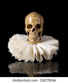 Spooky skull wearing an Elisabethan lace ruff collar
