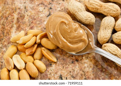A spoonful of creamy peanut butter is a healthy food and a dangerous allergen