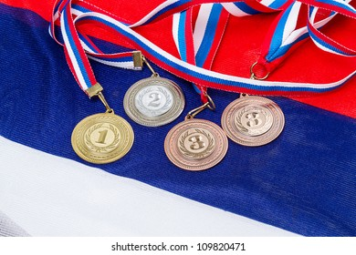Sport medals (gold, silver and bronze) at the national flag