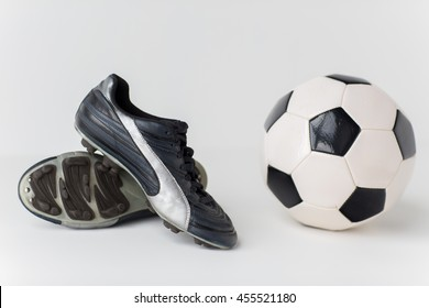 74b6664f7 Soccer Spike Images