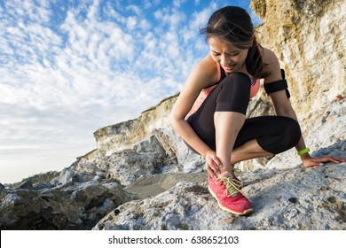 sport woman cramp in leg and feel pain