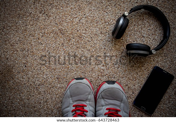 the rock shoes bluetooth