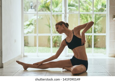 Sporty woman hobby lifestyle health relax fitness exercise