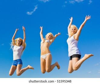 Sporty Women in  Heaven