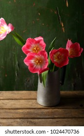 Spring bouquet of tulips