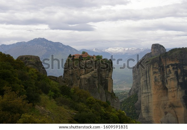 Spring is coming at meteora
