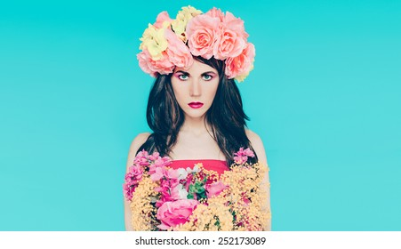 Spring fashion Lady with bouquet of beautiful flowers - March 8
