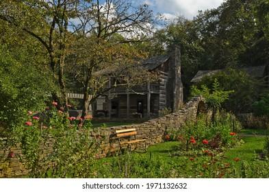 Spring mill state park log cabin village