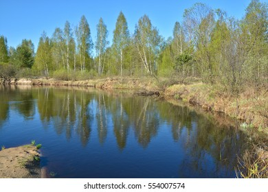 "Spring. The river in the national Park ""Ryazan Meschera"". Spring landscape of Central Russia."