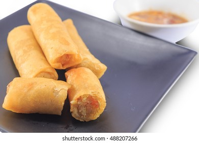 Spring rolls are one of the vegetarian food that was popular in the vegetarian festival.