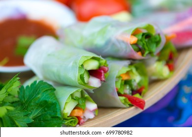 Spring rolls with vegetables and rice paper