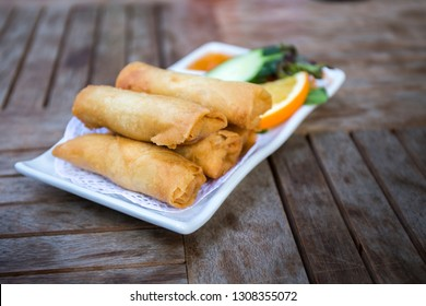 Spring rolls, vegetables with sauce