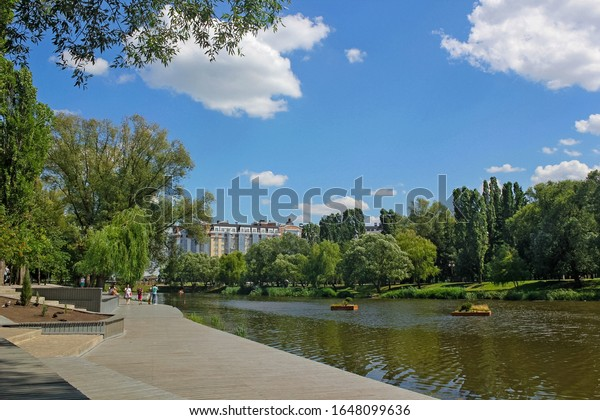 spring-summer-city-breaks-on-600w-164809
