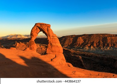 Spring sunset at Delicate Arch, Moab, Utah, USA.
