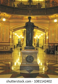 Springfield, Illinois, USA 10/12/2015 illinois State Capital Building The rotunda of the Illinois State Capitol Female Statue Welcoming the World