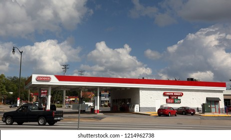 Springfield, MO/USA-Circa October 2018:  Conoco station in Springfield, MO, with traffic on a pretty Fall day