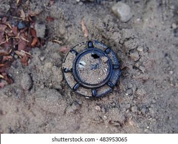 Sprinkler, adjustable partial-circle pop-up rotor