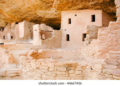 Spruce Tree house cliff dwelling native american indian ruins