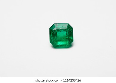square emerald and gemstone and jewelry  colombian emerald