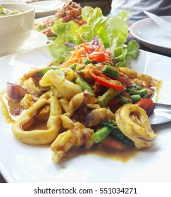 Squid and bean spout with chilly paste , Thai food .