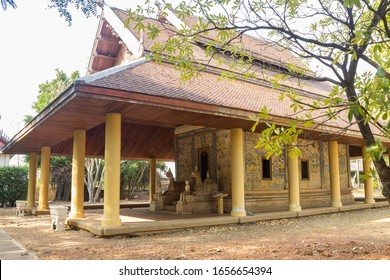 Sra Bua Kaew Temple Church It was built in accordance with the Lao art and culture that people live in Khon Kaen province of Thailand.