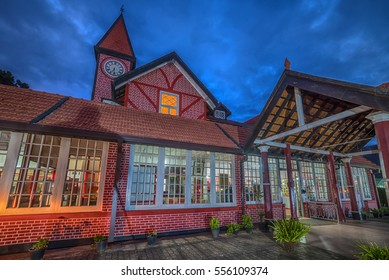 Sri Lanka, Nuwara Eliya: colonial British post office at night