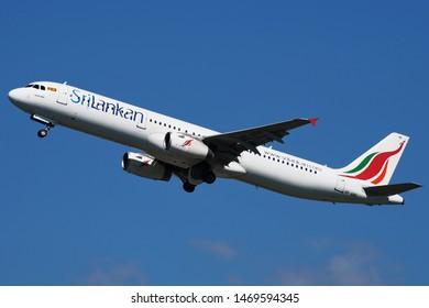 Srilankan Airlines Airbus A321 Reg. 4R-ABR at Suvarnabhumi Airport, Bangkok Thailand on 26 September 2015