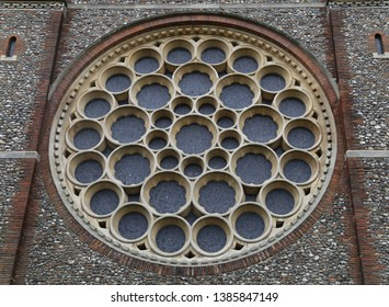 St. Albans, Hertfordshire, England, UK.  April 26, 2019.  The beautiful rose window in the Cathedral and Abbey Church on Holywell Hill.