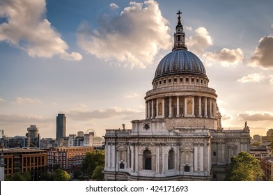 St Paul'??s cathedral at sunset in London, England