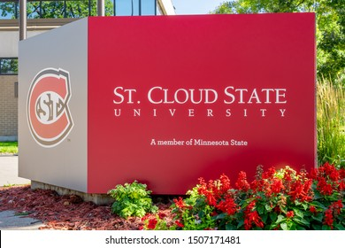 ST CLOUD, MN/USA - SEPTEMBER 15, 2019: Entrance sign and logo to St. Cloud State University.
