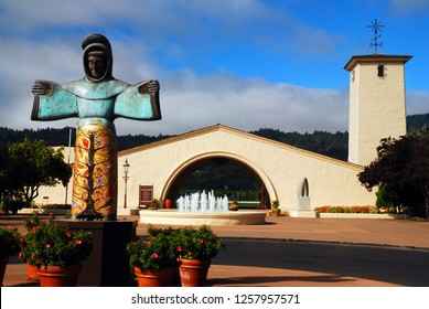 St Helena, CA, USA August 21, 2013 A statue of St Francis adorns the front courtyard of a winery in St, Helena, California, the Napa Valley