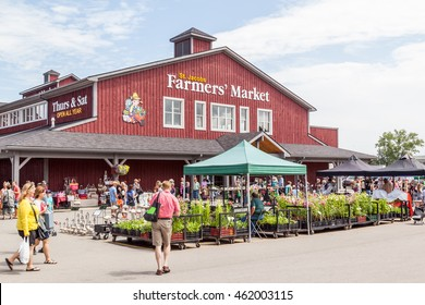 ST. JACOBS , ONTARIO, CANADA - JULY 30, 2016 : Main building in St. Jacobs farmer's market, Jacobs, Ontario, Canada. St. Jacobs farmer's market is Canada's largest year round farmer's market.