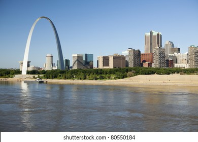 St Louis, Missouri Skyline along the Mississippi River