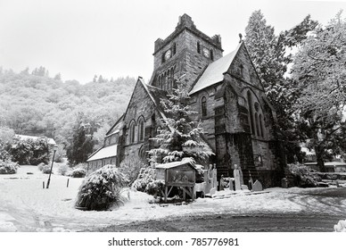 St Mary's Church, Betws-y-Coed. Conwy, Wales, UK. A snow covered winter scene at Christmas.