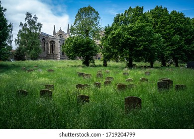 St Mary's Church claims to be the third largest parish church in England, to have the second longest aisle and the largest west window. It is also the Civic Church of the Town, Bury St. Edmunds, and