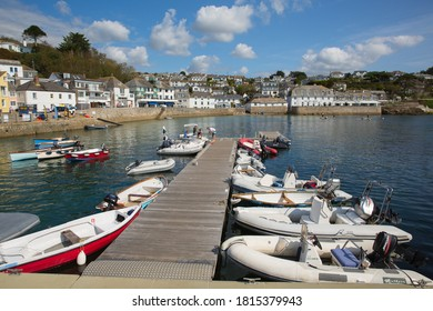 ST MAWES, CORNWALL-SEPTEMBER 10th 2020: Beautiful calm weather attracted visitors to the harbour St Mawes, Cornwall on Thursday 10th September 2020