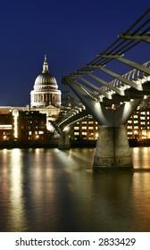 St Paul Cathedral and Millennium Bridge